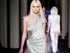 Какое платье выбрать на выпускной, фото Versace