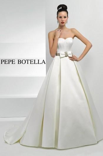 Платье на очень худеньких