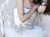 Платья с перьями - короткие выпускные платья 2012