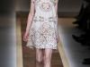 Короткое кружевное платье 2012 Валентино