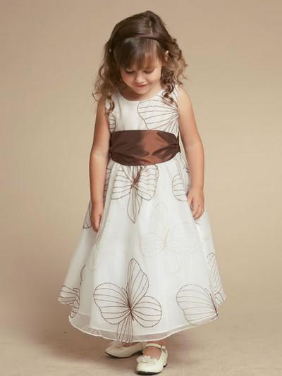 выпускные платья для невысоких девушек фото