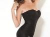 Короткое черное платье с бантом