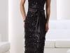 Длинное черное платье с бантом