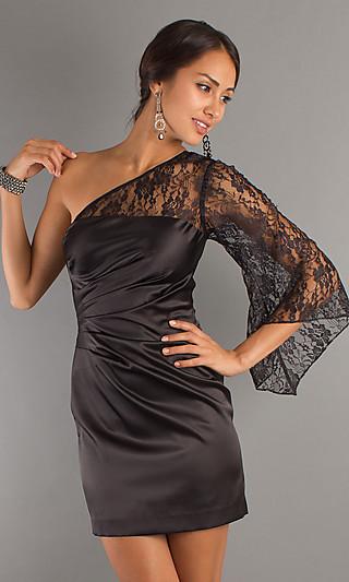 Модели платья с открытым одним плечом