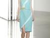 Голубое платье с квадратным вырезом