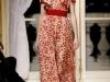 Красное вечернее платье с принтом от Valli