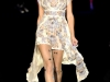 Платья в бельевом стиле от Anna Sui