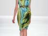 Платье в волнистую полоску от Carlos Miele