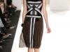 Платье-футляр в полоску от Carolina Herrera