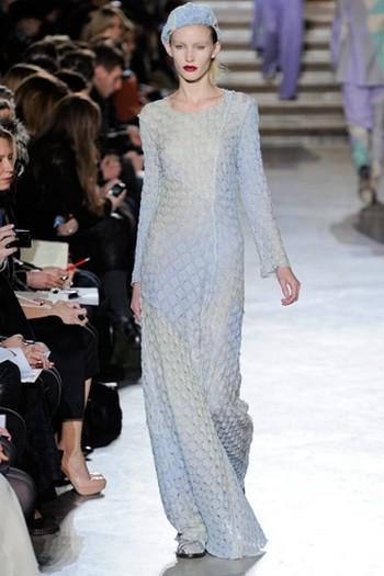 Хиппи не менее интересны также платья