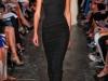 Длинное черное спортивное платье от Victoria Beckham