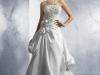 Свадебные платья 2012 с корсетом