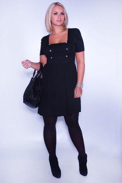 трикотажное платье-туника для полных