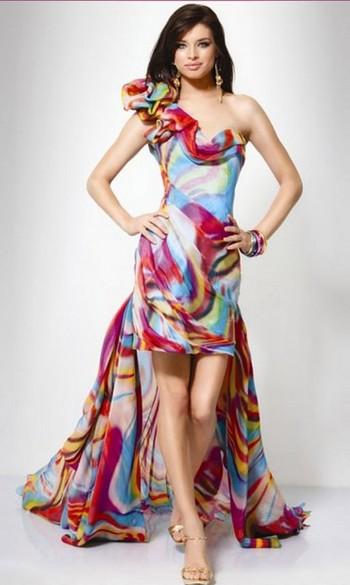Летнее платье для фигуры песочные часы