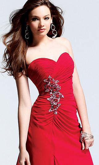 Красное платье шелк