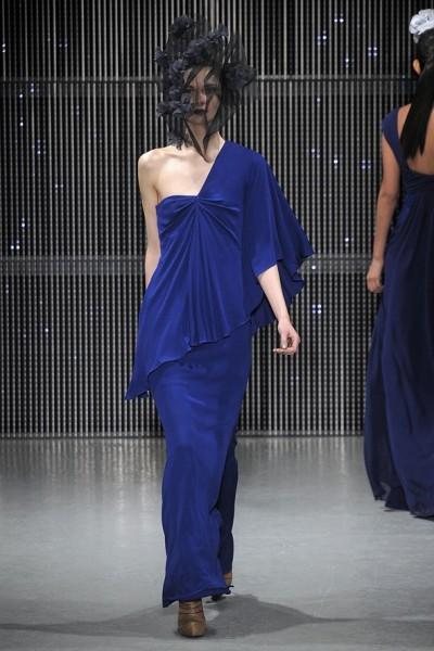 Синие вечерние платья в 2019 году