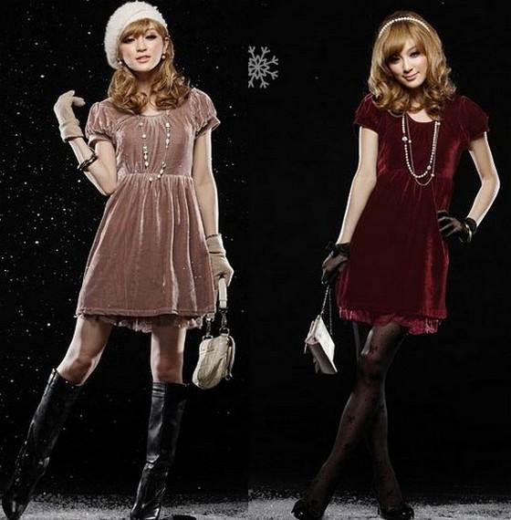 Короткие бархатные платья на Новый год 2012