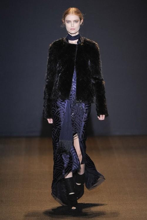 Платье и меховой жакет от J.Mendel, коллекция Осень-Зима 2011-2012