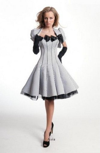 Вечерние короткие платья Оксаны Мухи 2011 фото