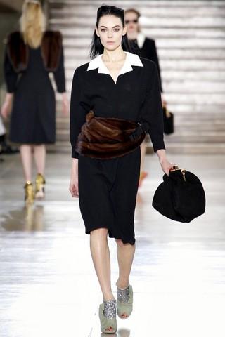 Теплые платья Miu Miu, коллекция Осень-Зима 2011-2012