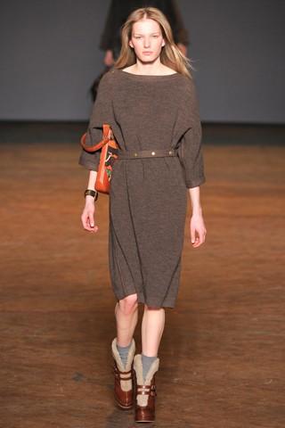 Теплые трикотажные платья 2011-2012 от Marc by Marc Jacobs