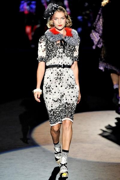 Платье в стиле ретро от Анны Шуи (Anna Sui) - коллекция весна-лето 2012