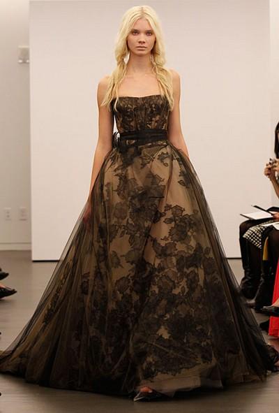 Черное с золотым свадебное платье 2012 от Веры Вонг (Vera Wang)
