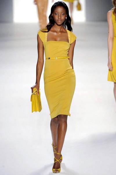 одежда весна-лето 2012 в рамках Недели моды в Милане.  Парад от Dolce.