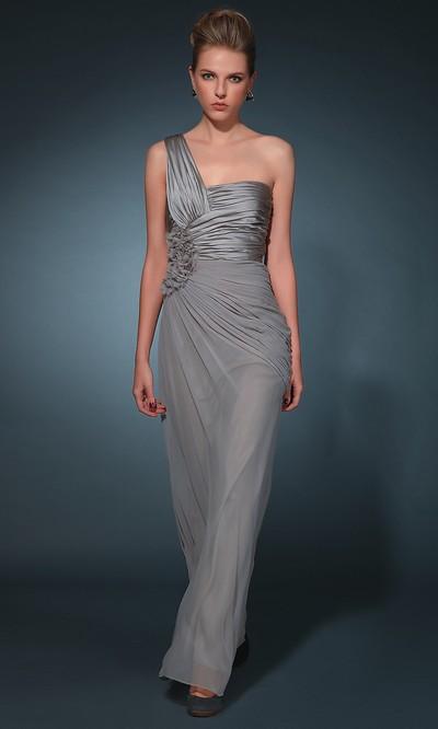 Вечернее платье на 8 марта