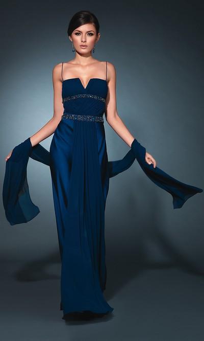 Длинное вечернее платье на 8 марта
