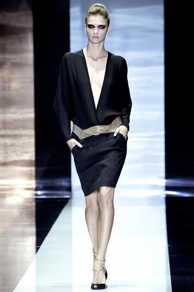 Платья с V-образным вырезом Весна-Лето 2012 от Гуччи (Gucci)