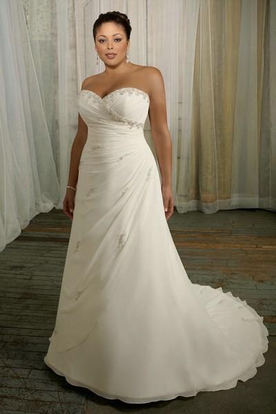 Свадебное платье 2012 для полных со шлейфом