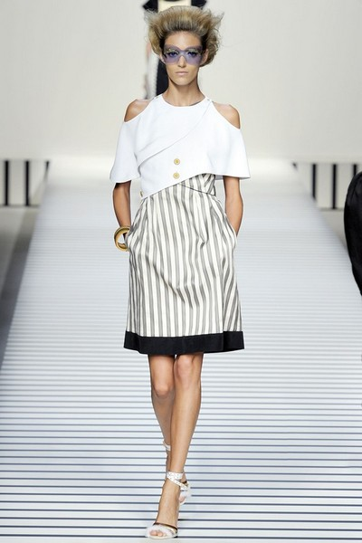 Платье в полоску Весна-Лето 2012 от Fendi