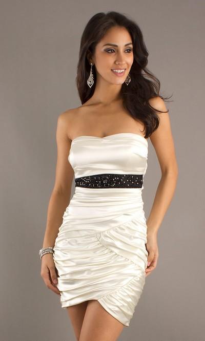 Белое мини-платье 2012 фото