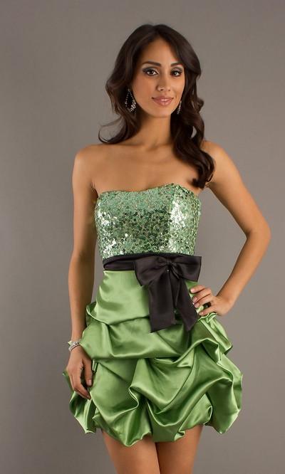 Короткое платье бандо