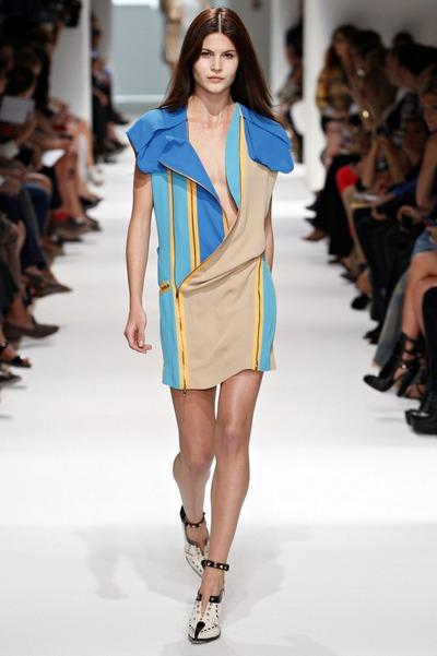 Короткие спортивные платья от Felipe Oliveira Baptista