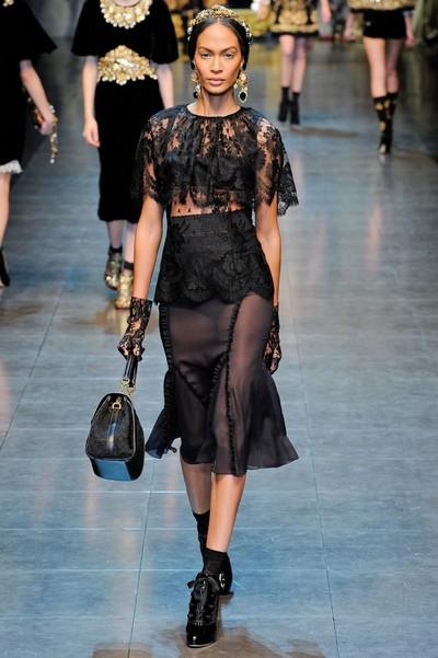 Черное кружевное платье от Dolce & Gabbana, осень-зима 2012-2013