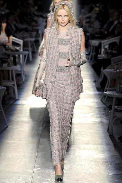 Трикотажные платья осень 2012 от Chanel