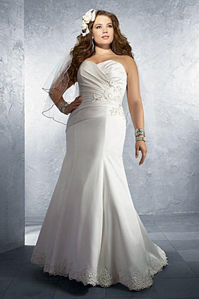 Свадебное платье годе для полных – на фото модель Alfred Angelo 2012