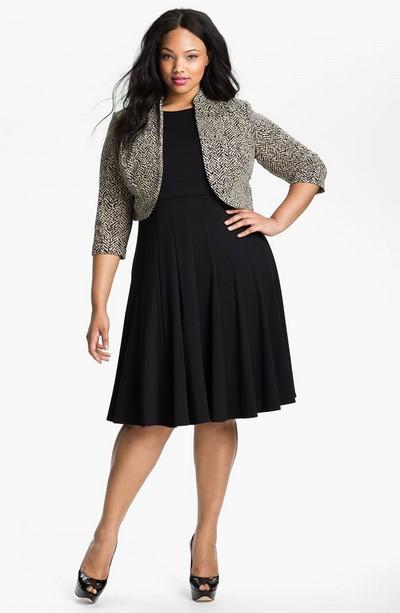 С чем можно носить черное маленькое платье для полных