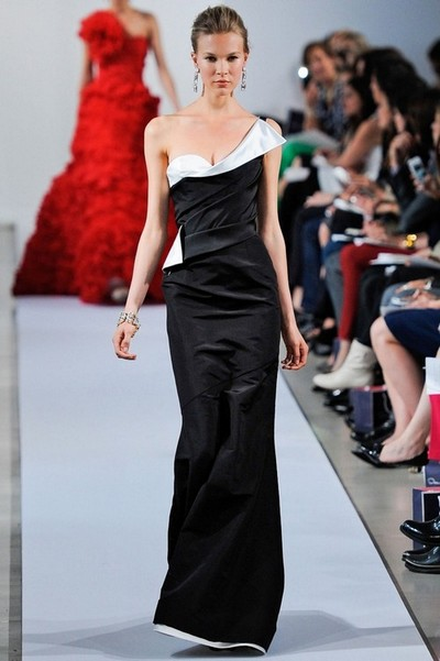 Черно-белое платье Oscar de la Renta 2013