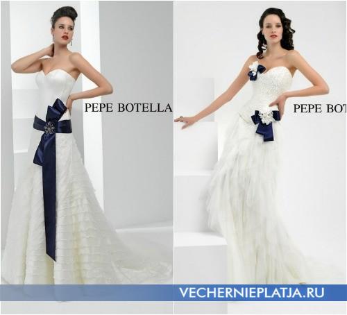 Свадебное белое платье с синим бантом от Pepe Botella