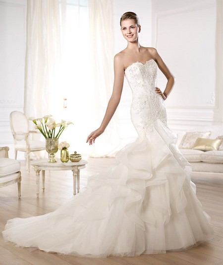 Свадебное платье русалка пышное со стразами