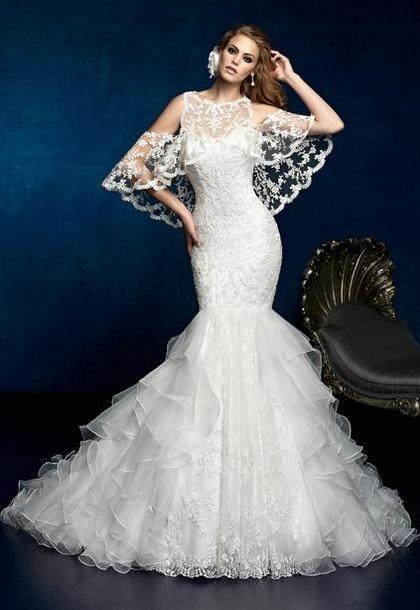 Кружевное длинное свадебное платья 2014 фасона русалка
