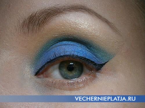 Делаем красивый макияж глаз новогодний 2014