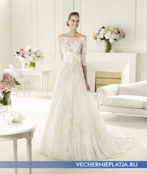 Платье с прозрачными кружевными рукавами и декольте
