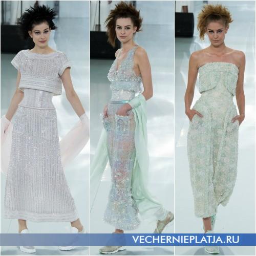 Стильные платья украшенные блестящими паетками