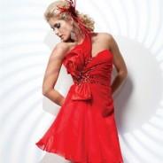 Покоряющая красота красного платья