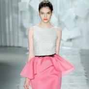 Платья с баской – модный тренд из прошлого