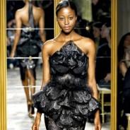 Платья с вышивкой – истинно королевский выбор